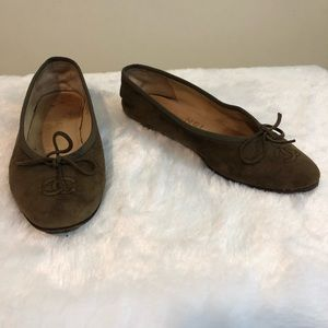 Chanel ballet flats brown suede 35.5 olive green